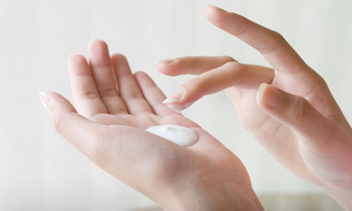 Hand Care Tips for Winter(1)